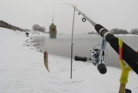 Ловля фидером зимой по открытой воде