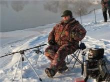 Ловля плотвы на фидер зимой
